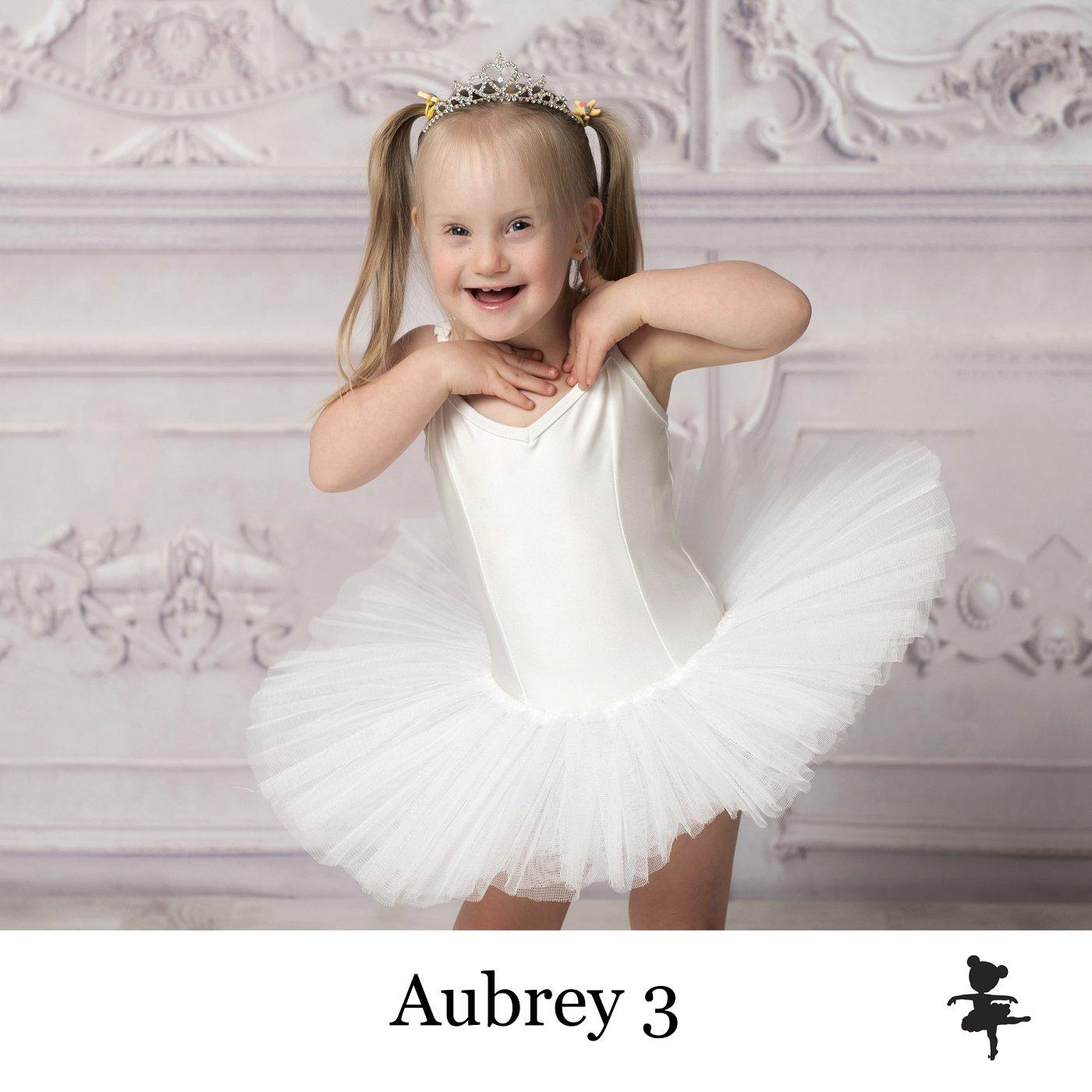LB7219- Aubrey 3.jpg