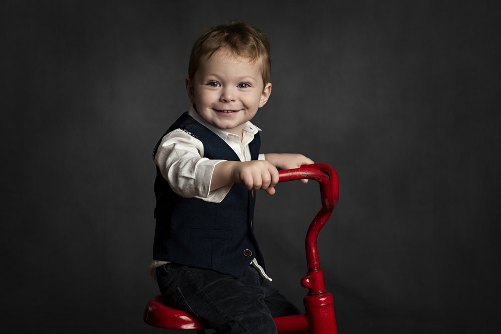 "Zoe McQuillan - ""We had a wonderful experience with uber photography doing the little vintage kids shoot with them. They really captured my sons cheekiness & soulfulness& we ended up with some truly special photos to keep forever."""