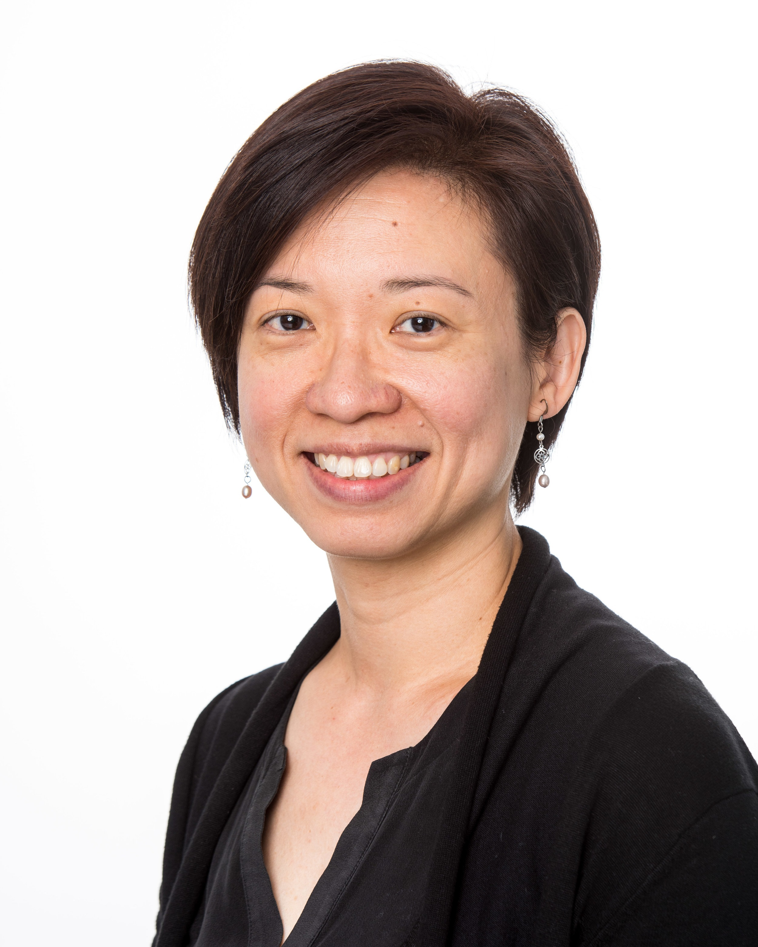 Aileen Koh - Mosaic Board MemberGovernance Sub-Committee MemberAileen joined Mosaic as a Board Member in December 2018 and is also a member of the Mosaic's Governance Sub-Committee.Aileen has over 20 years' experience in governance, risk and compliance management, and was a practising solicitor in Malaysia prior to relocating to Australia nearly 19 years ago.Aileen is currently Head of Governance and Company Secretary at Tasplan Superannuation Fund and is passionate about driving good governance practices in organisations. Aileen holds a Bachelor of Laws (Hons) and is a Graduate of the Australian Institute of Company Directors and an Associate of the GRC Institute.