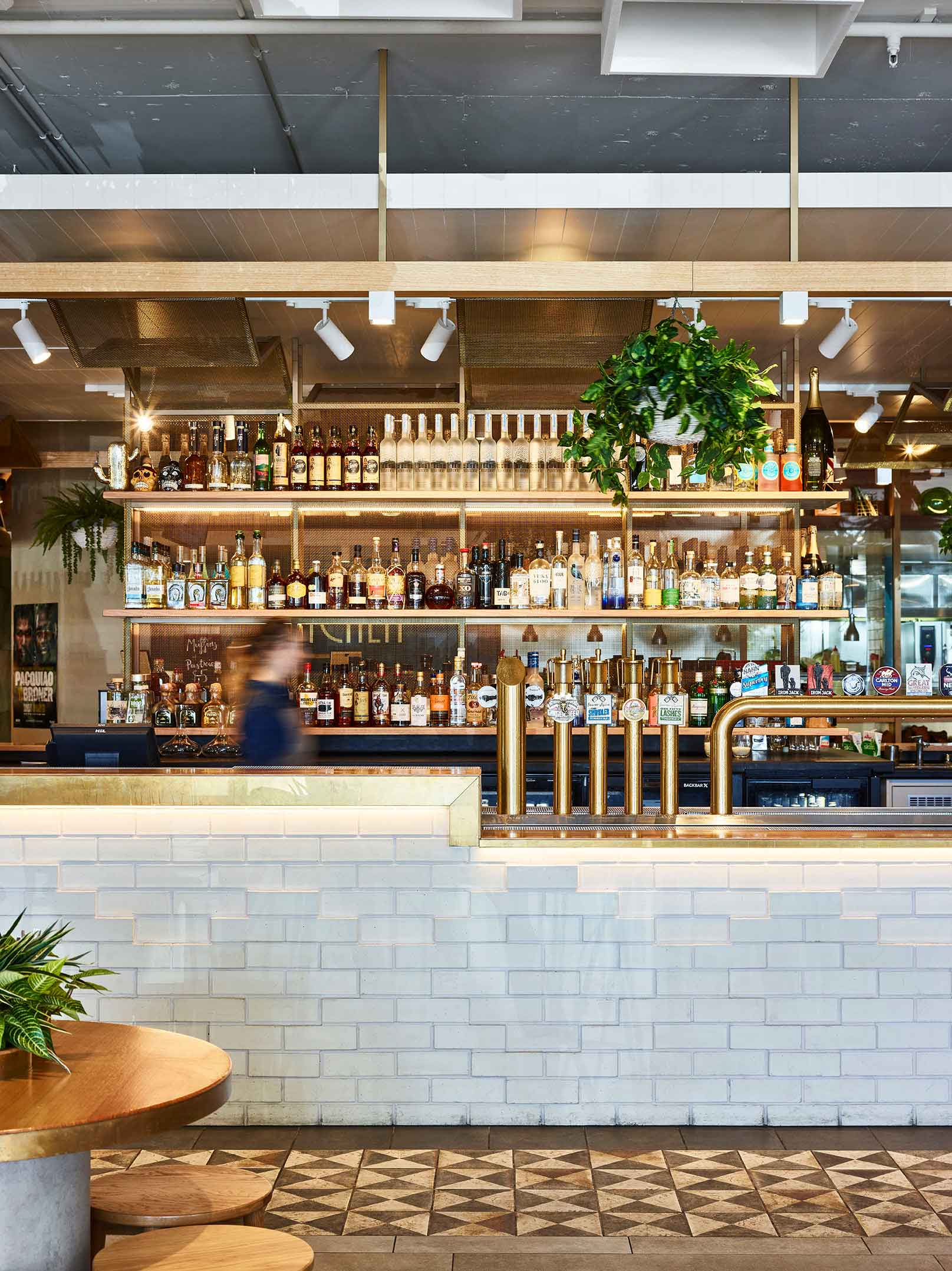 Broadbeach-Tavern-3.jpg