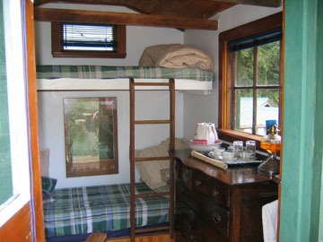 sleeping-cabin.jpg