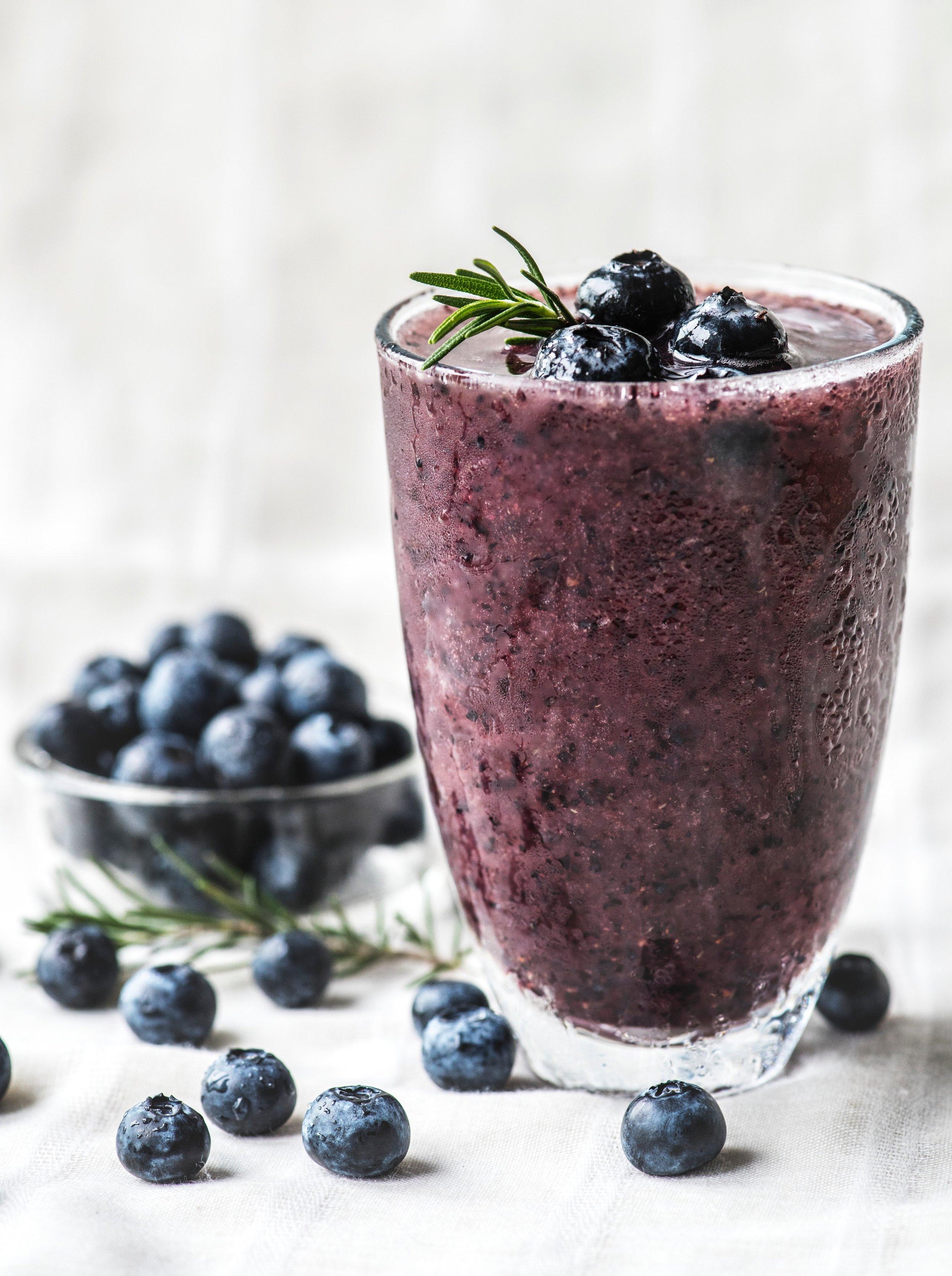 antioxidant-berries-beverage-1842615.jpg