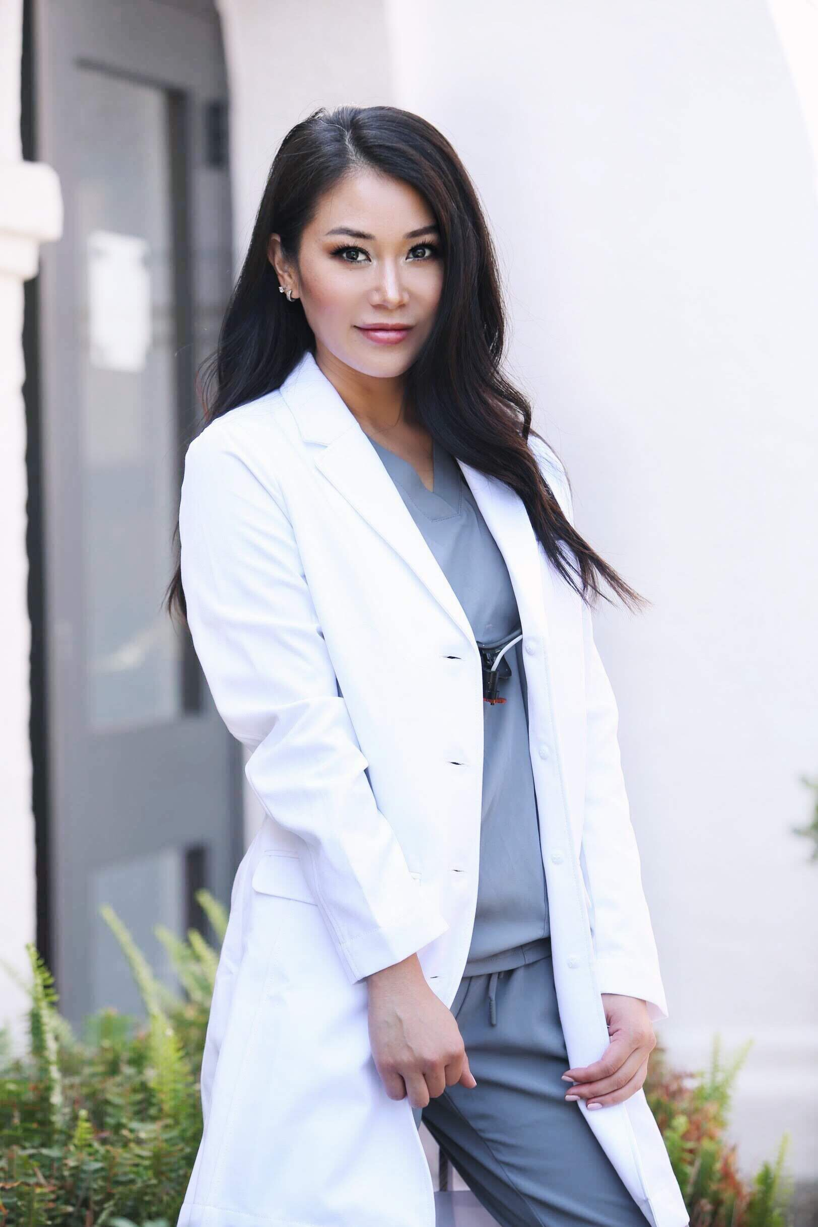 """ABOUT JOYCE - Dr. Joyce Kahng is the owner of Orange + Magnolia Dental Studio located in Costa Mesa, CA, and is an Assistant Clinical Professor at USC's Herman Ostrow School of Dentistry.She is active on Social Media, primarily Instagram as her persona, @joycethedentist. Her passion is sharing """"all things dental"""" in a way that is easy for the general public to consume ."""
