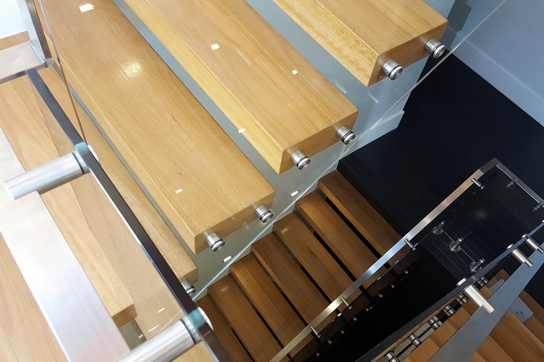 GA Series Glass Balustrade 1 Essendon (1500x1000).jpg