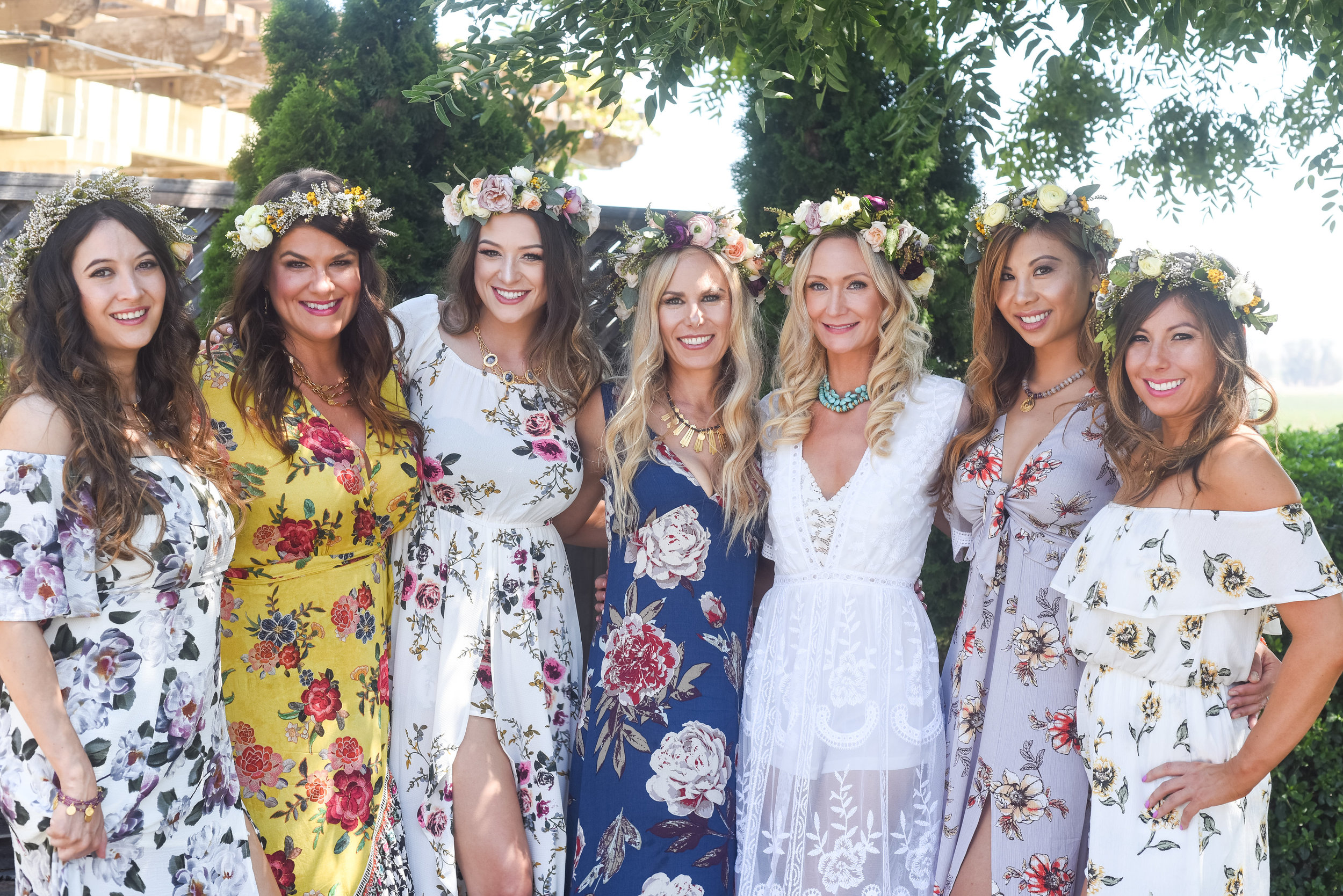 I got to glam up these lovely ladies for a bachelorette in Napa and we used a wide variety of brushes because some only needed powder while others needed a cream base and contour brushes for shading.