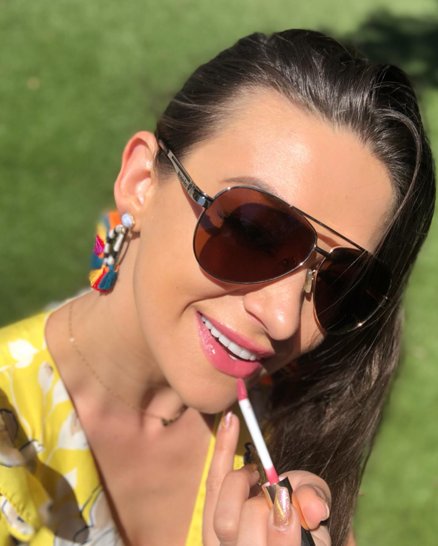 favorite-celebrity-makeup-artist-lipgloss