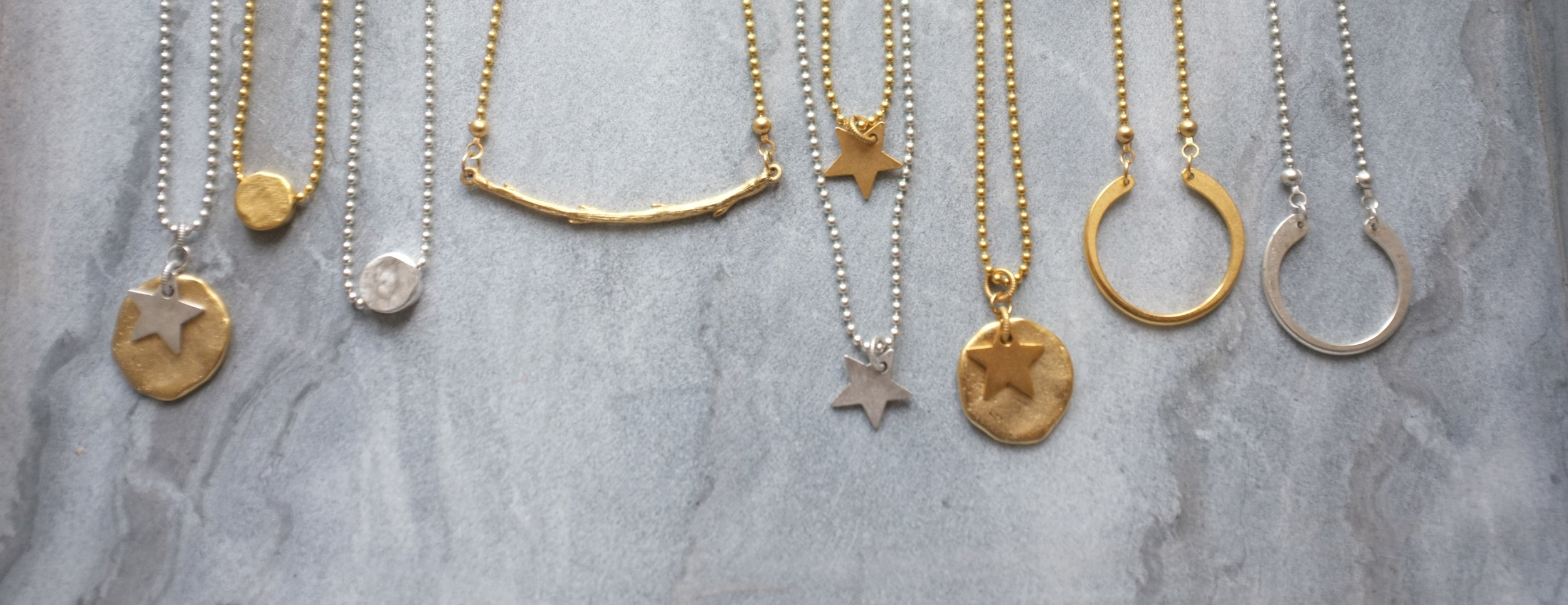 welcome to gift - your one stop shop for simply stylish jewellery