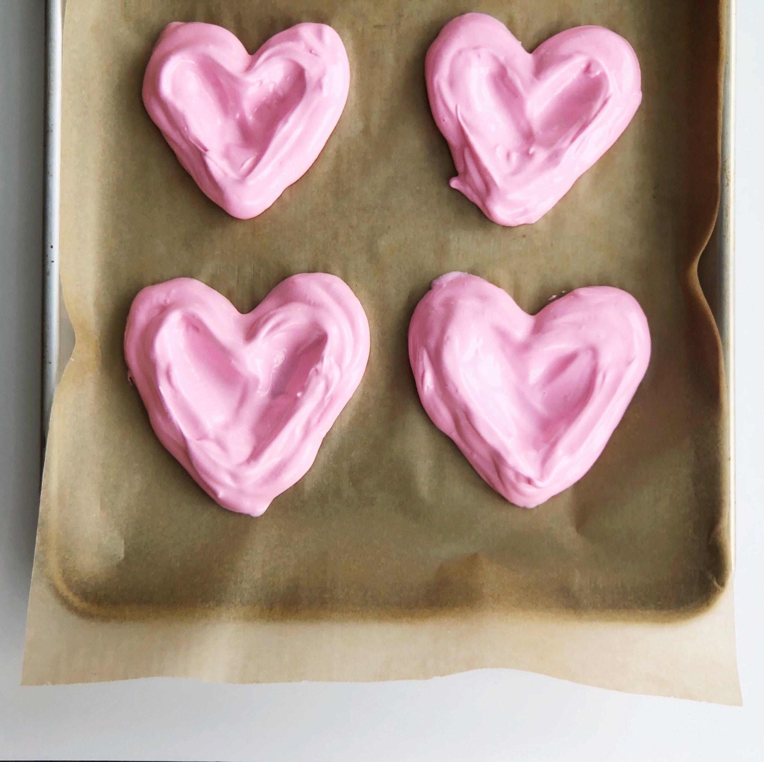 Pavlova Heart Dessert Food Recipe Pink