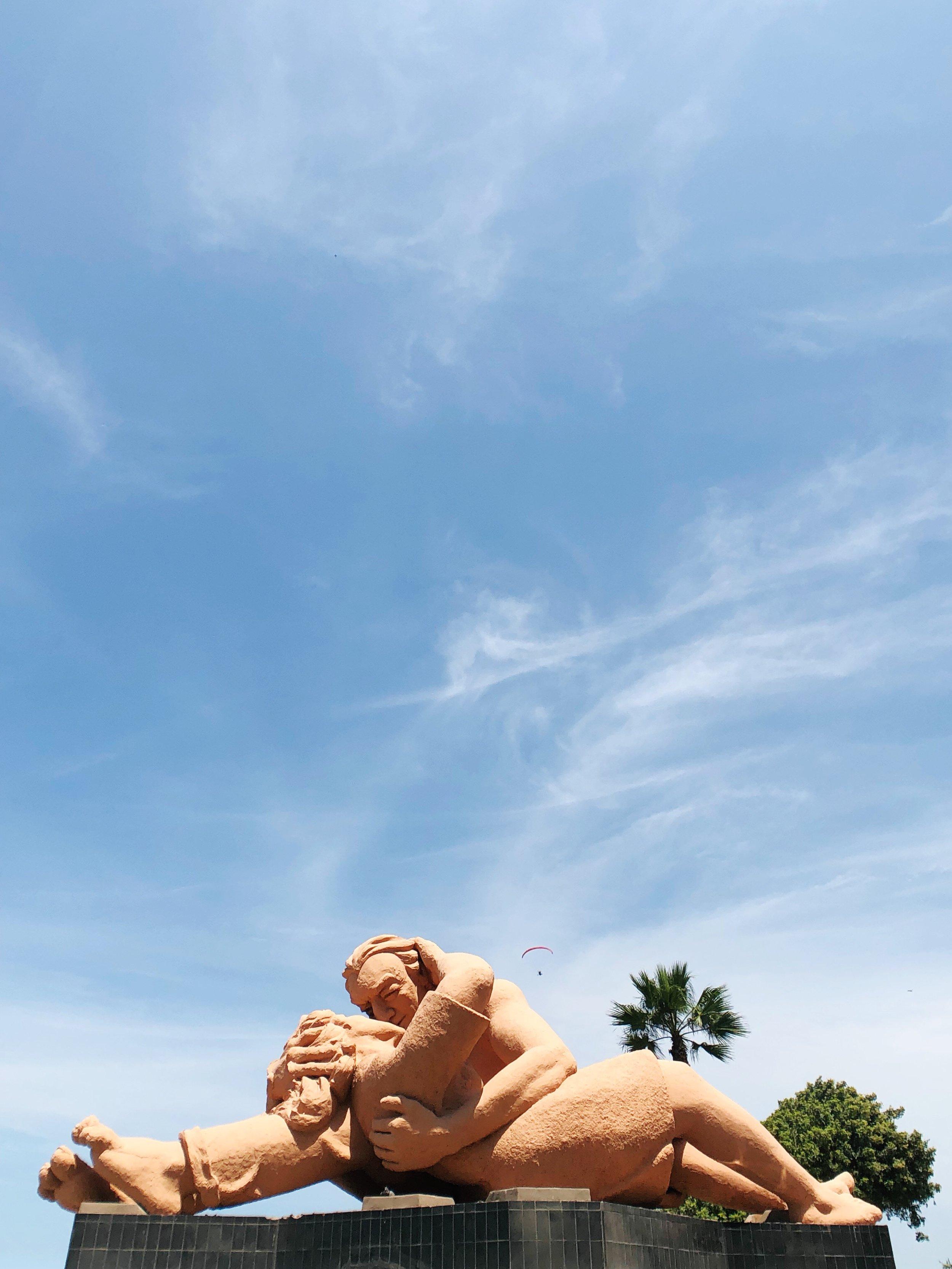 malecon-miraflores-parque del amor - park of love - lima - peru - south america - travel tips