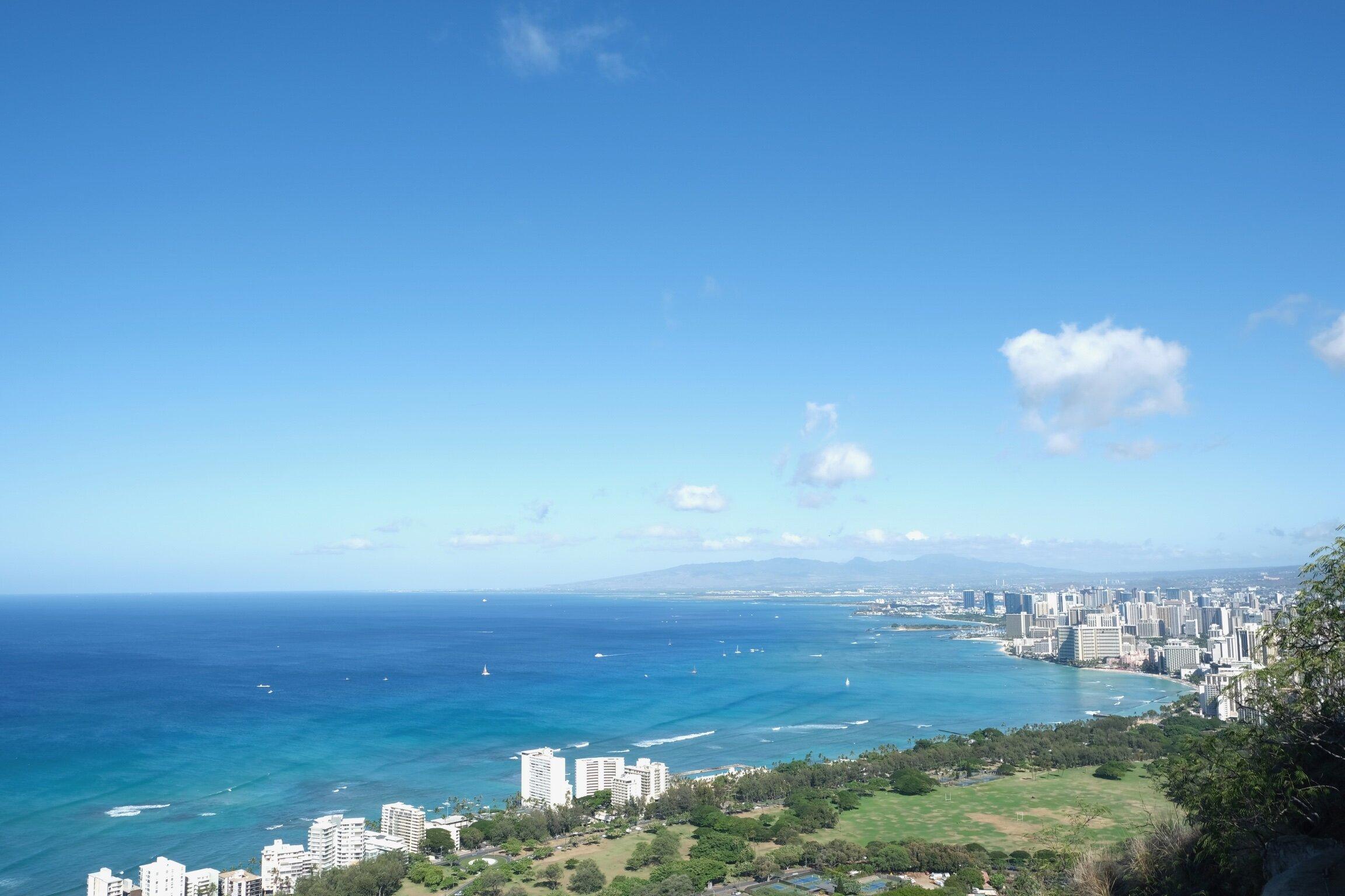 wakiki-beach-hawaii-diamondhead-travel-blog-travel-itinerary