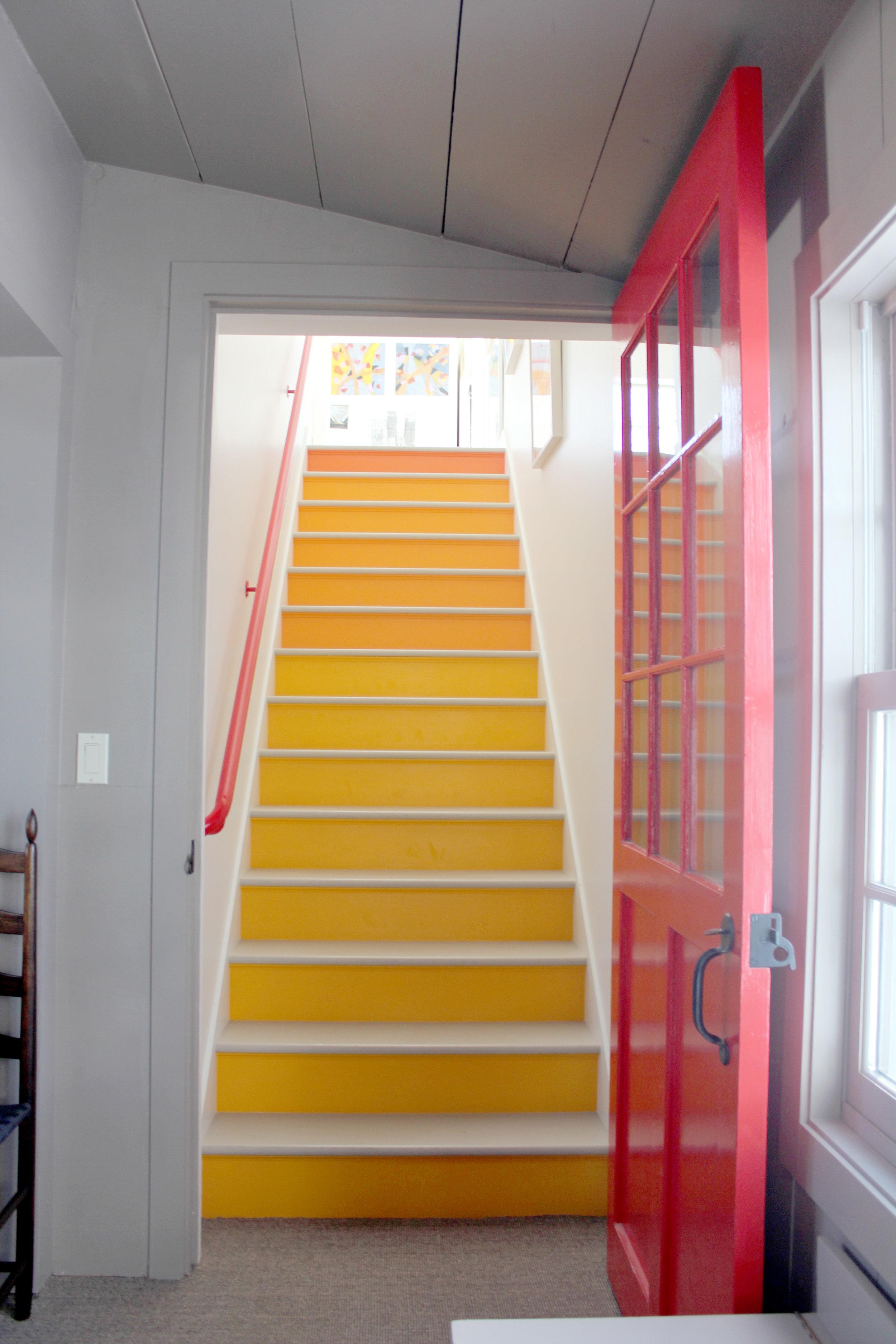white_stair.jpg