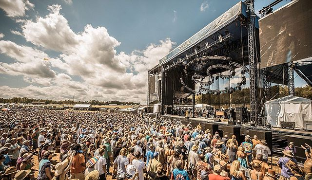Wanna go backstage at @locknfestival this year? SAT 8/3 at @unionstage is your chance - it's @surpriseattackdc's last show before #Lockn ~ @radiiband is opening ~ @bandoftomorrow is headlining ~ and we're raffling off a FREE pass at the show to go backstage for #SurpriseAttack's set at Lockn' later this month🤘😎 . . . . . Come early to get your raffle on ~ stay late to get your groove on #unionstage #bandoftomorrow #surpriseattack #radii #locknfestival #locknfam @thewharfdc @dcmusicreview @dcfunkparade