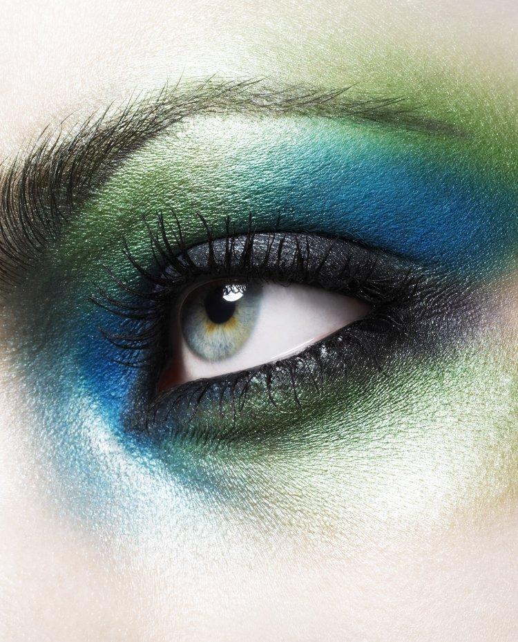 eye+closeup_flat.jpg