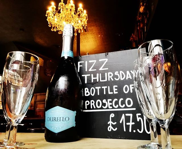 Thursdays are the new Fridays don't you know.... Live out your best Patsy and Eddie fantasies by taking advantage of our Fizz Thursday prosecco deal. Sweety darling... #abfab #prosecco #proseccothursday #sweetydarling #thursdaysarethebest #patsyandeddie #thebellpub #faboulous