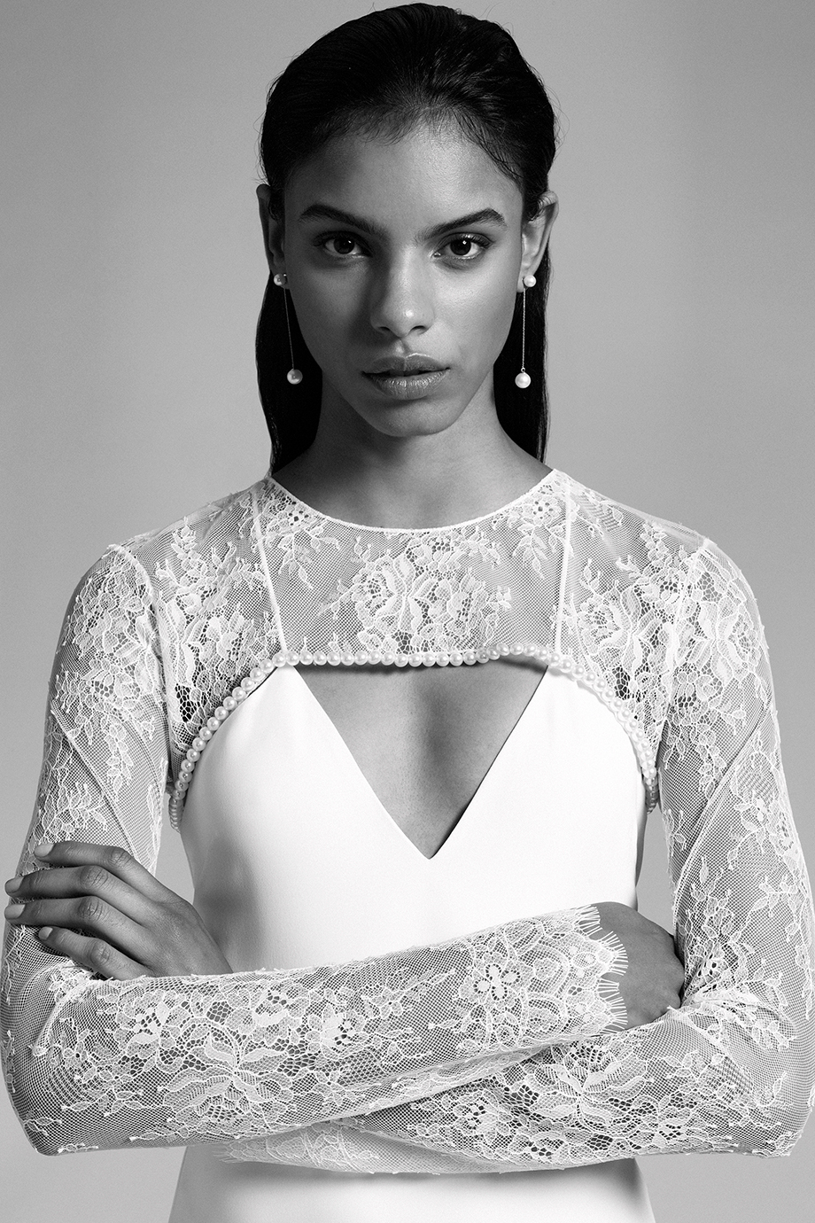CUSHNIE - CUSHNIE is a luxury women's ready-to-wear and accessories brand designed by Carly Cushnie.https://www.cushnie.com/collections/bridal-2019
