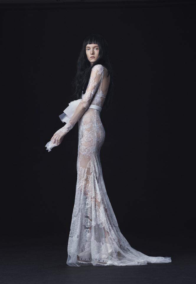 Vera-Wang_FW16-Bridal_Look-12-664x960.jpg