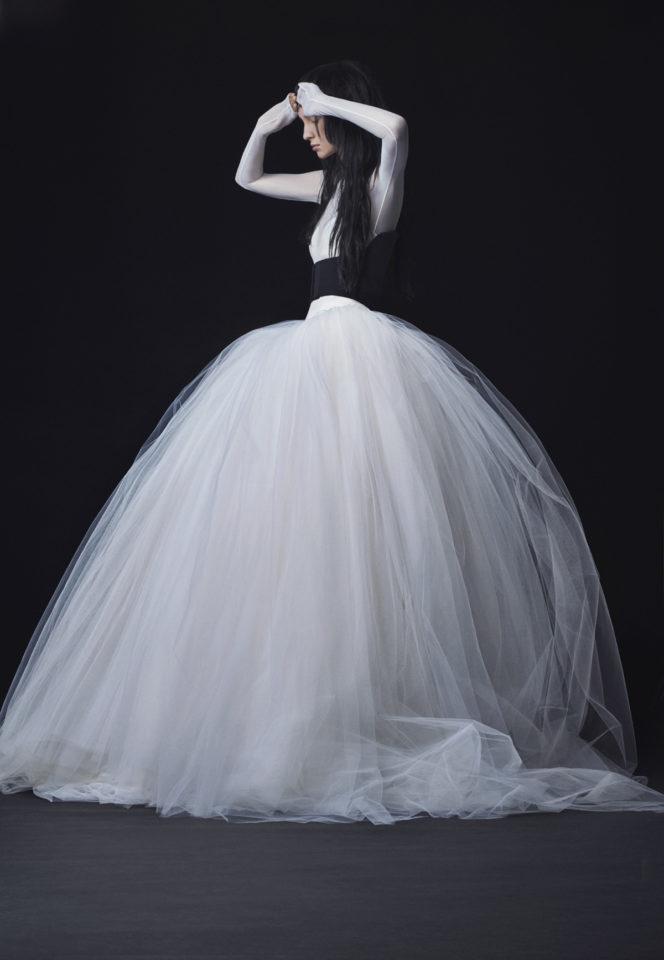 Vera-Wang_FW16-Bridal_Look-14-664x960.jpg