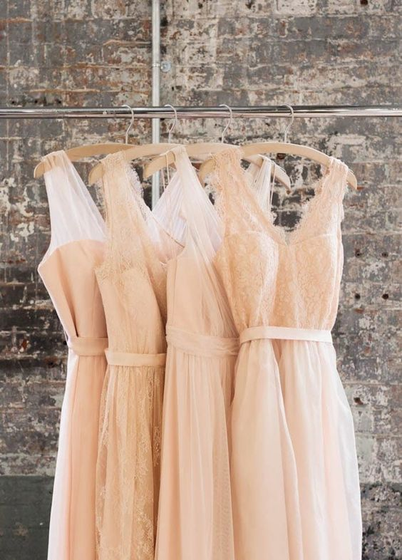 TOP 10 SPOTS TO FIND YOUR BRIDESMAIDS DRESS -