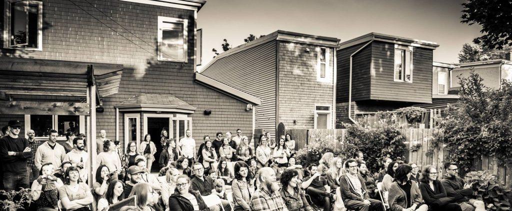 backyard-crowd-2-1024x423.jpg