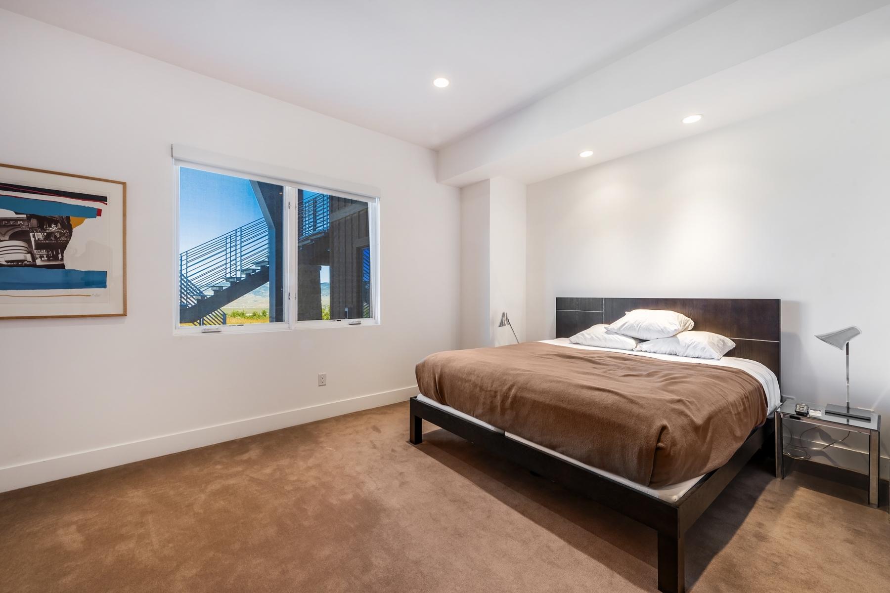 29. Bedroom-Four_1800x1200_3340208.jpg