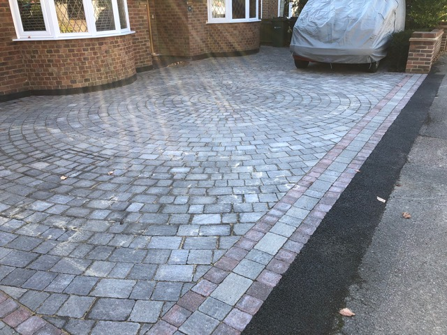 Block paving with circular design
