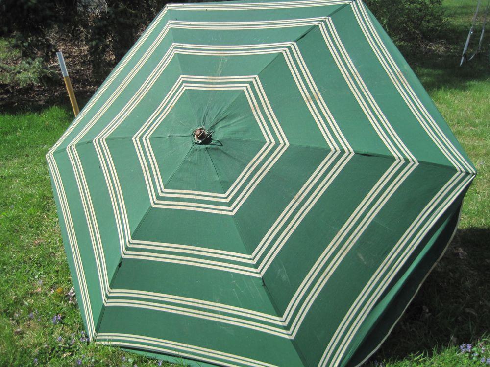 beach_umbrella.jpg