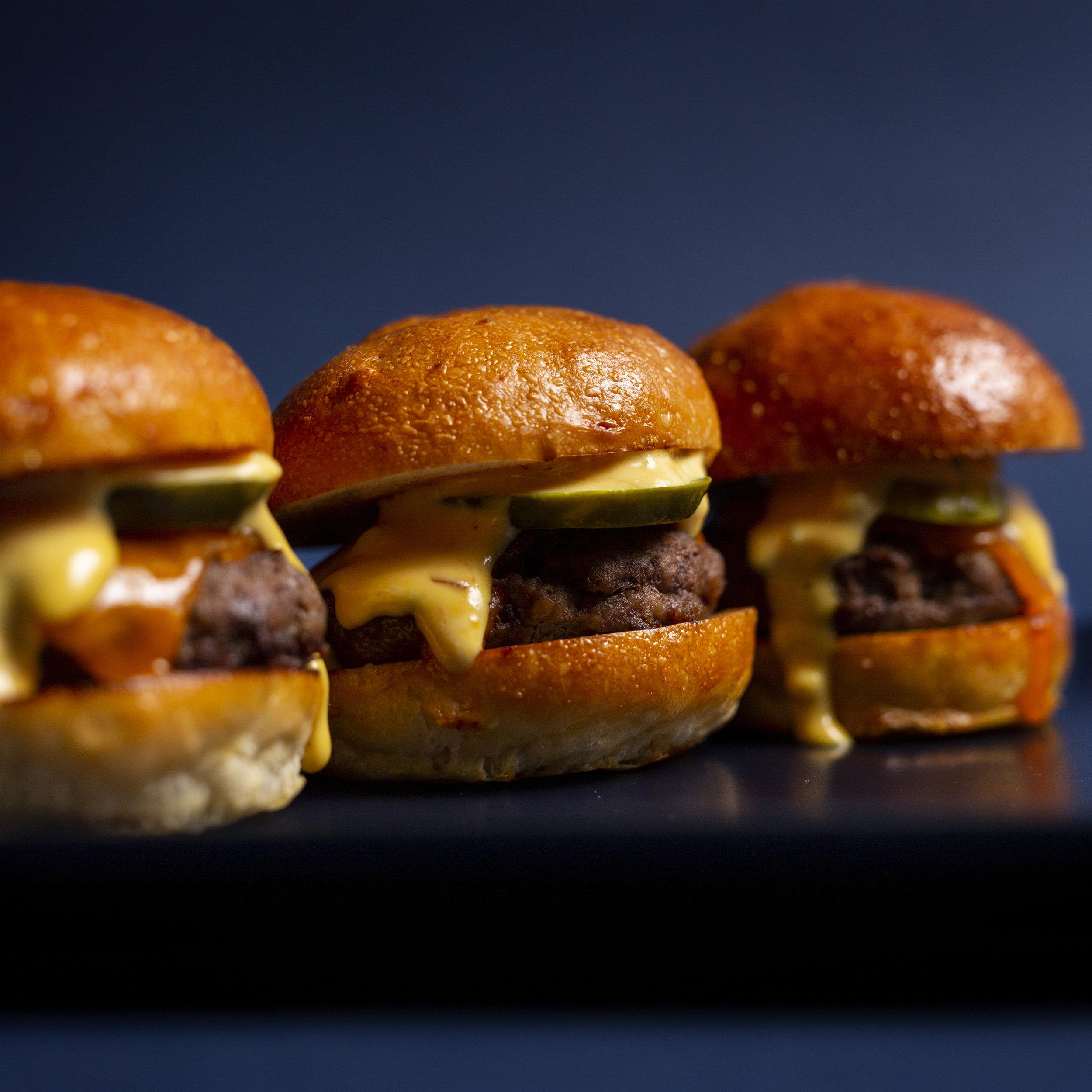 burger1x1.jpg