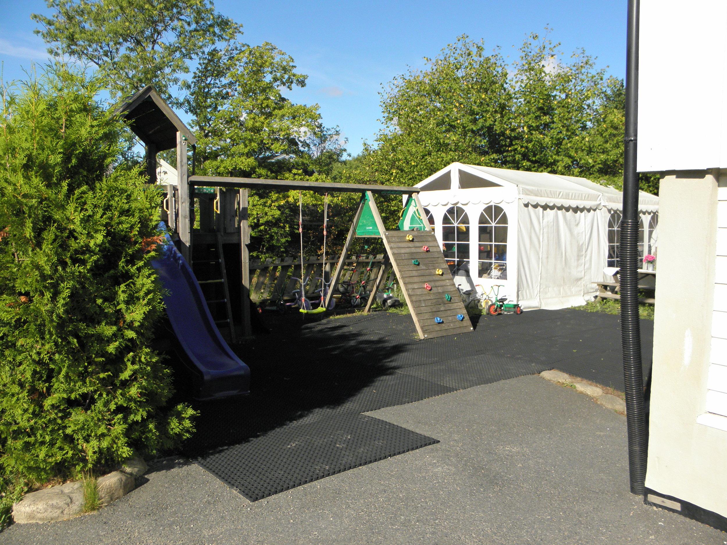 Uteområdene i barnehagen.