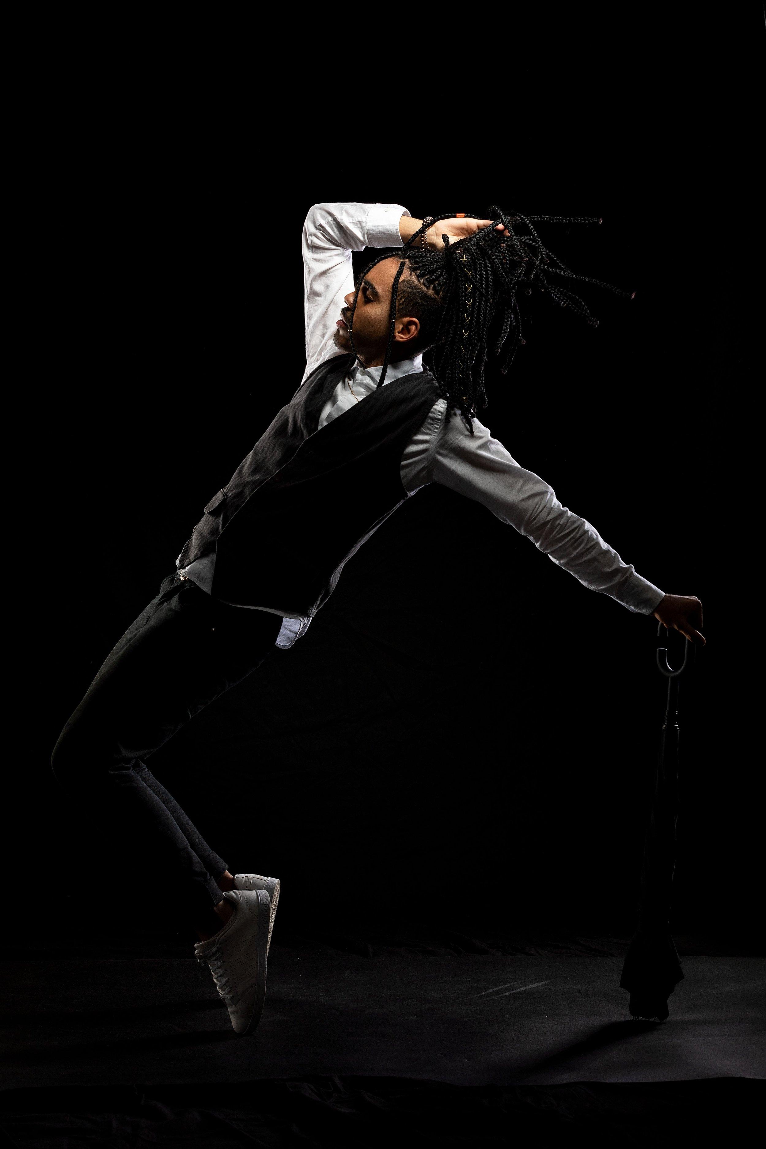 contemporary-dance-contemporary-dancer-dance-art-1865987.jpg