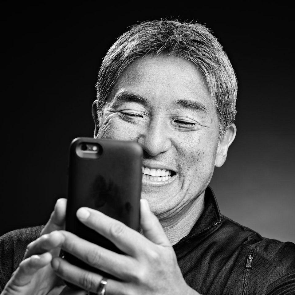 Connecting with his followers. COURTESY OF GUY KAWASAKI