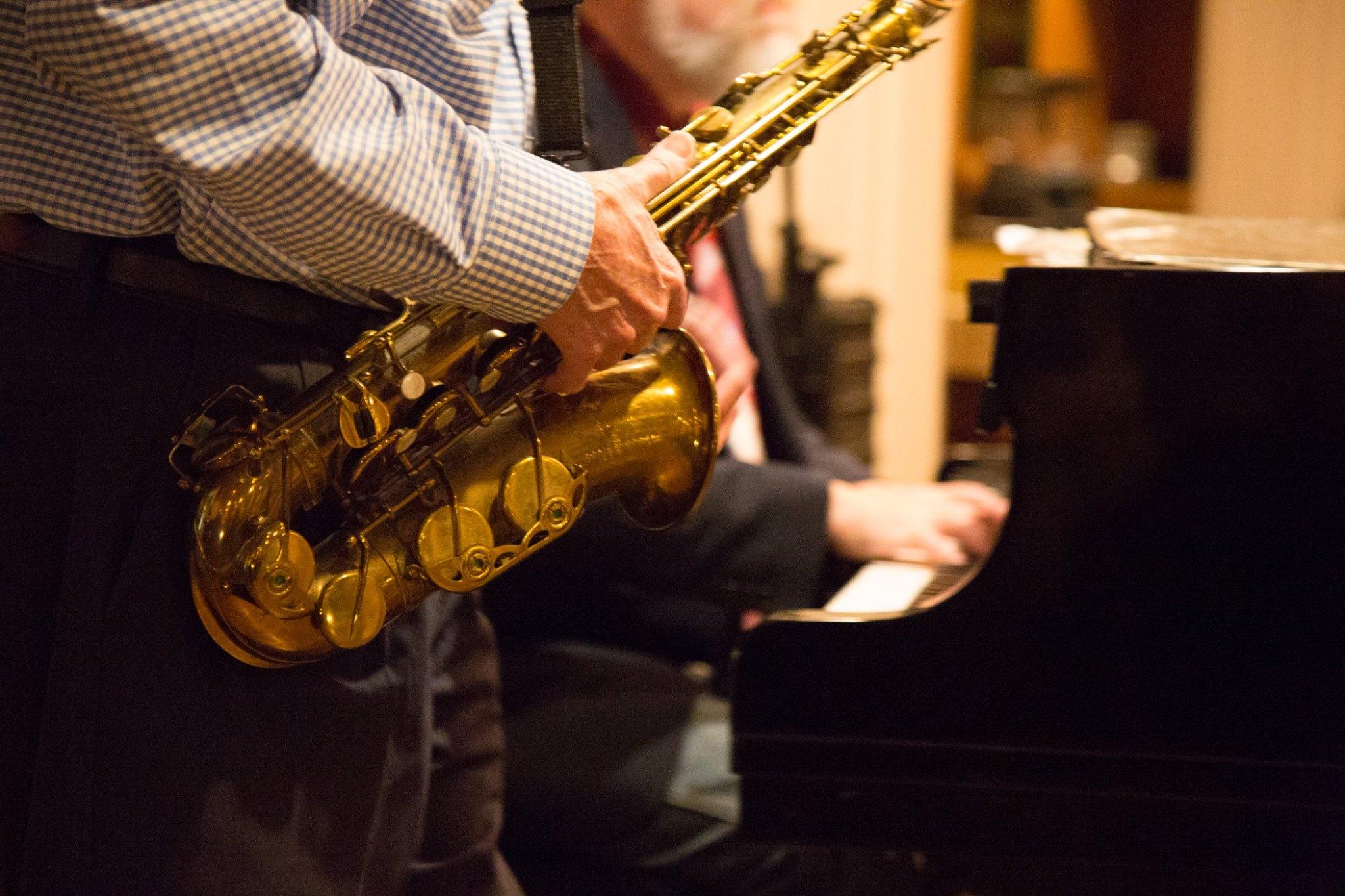 Piccolo Mondo Saxophone.jpg