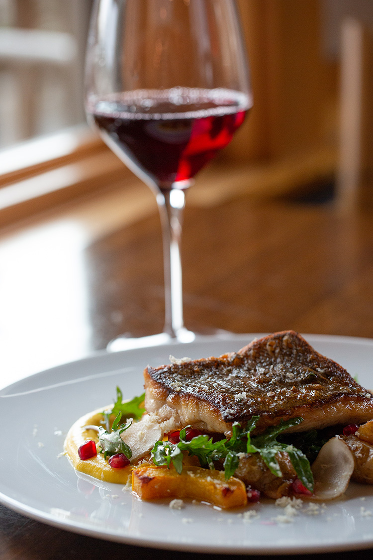 fresh-seafood-wine.jpg