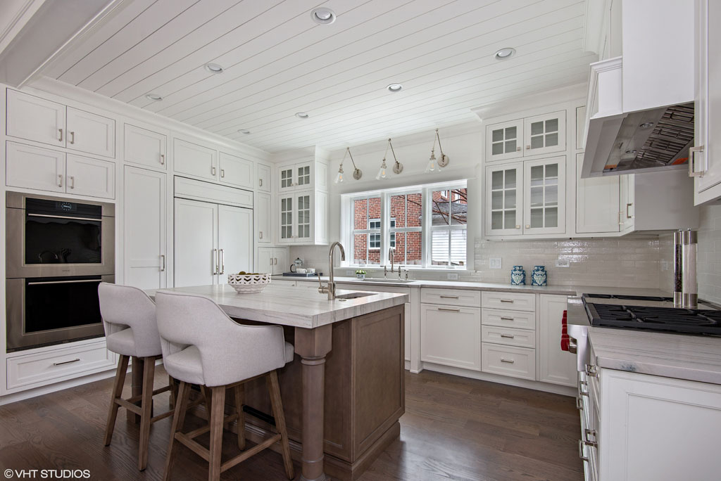 04_209FullerLane_5_Kitchen_HiRes.jpg