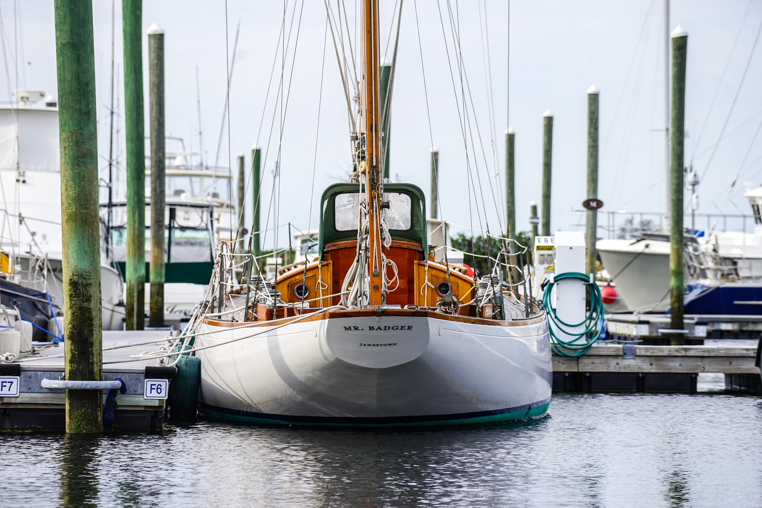 Mr. Badger & Co. - Private Sailing Charters Newport and Jamestown