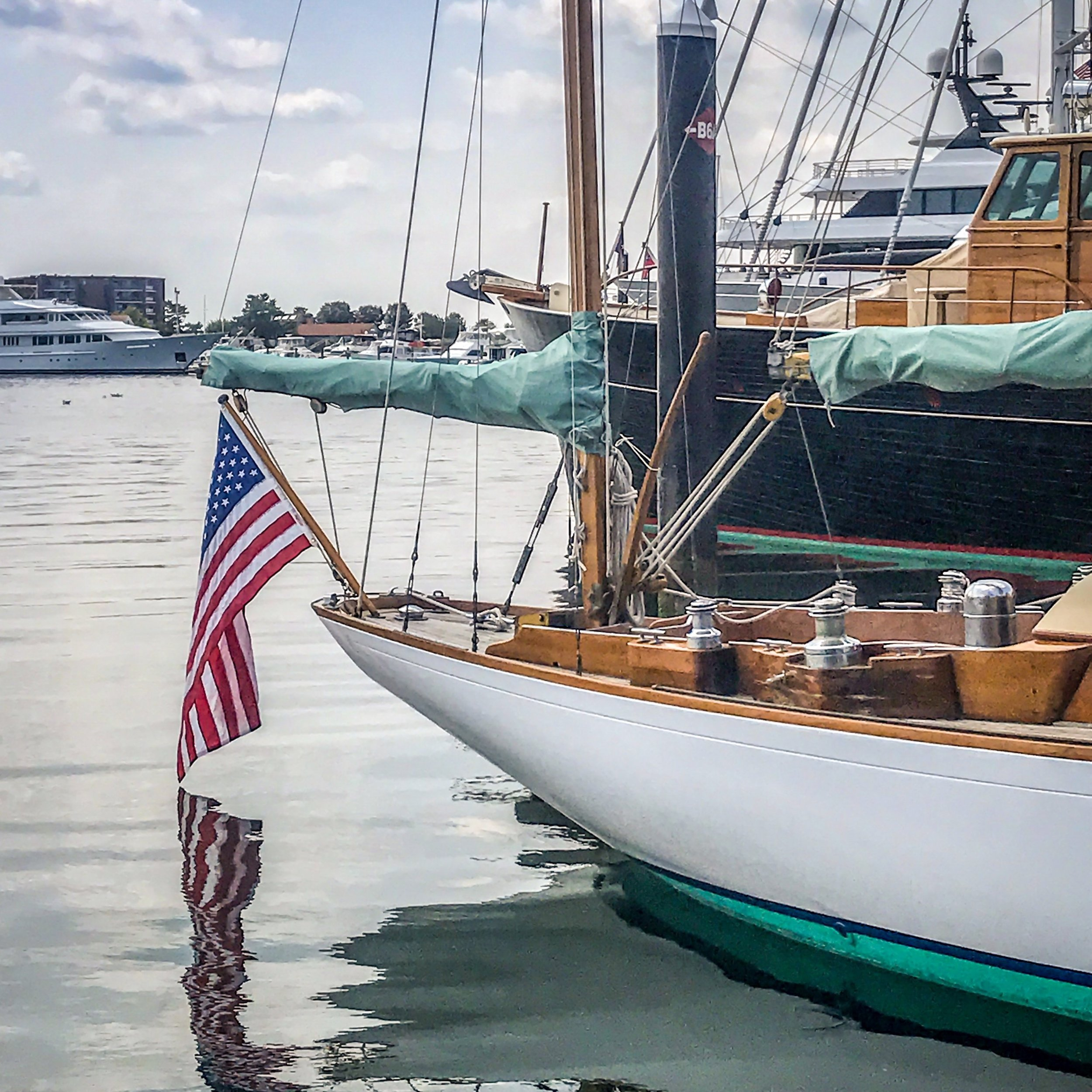 Mr. Badger & Co. - Sailing Chaters Newport and Jamestown.JPG