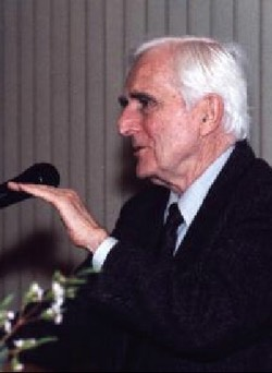 The 1998 George R. Stibitz Computer & Communications Pioneer Award     Doug Engelbart    For Inventing the Computer Mouse & For Pioneering the Modern Graphical User Interface