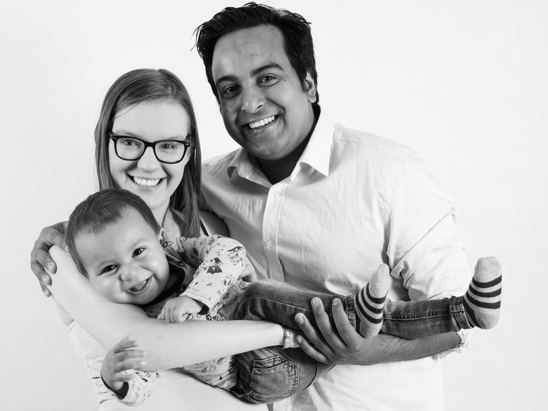 TRIPLE PACK DEAL (MATERNITY, NEWBORN & CAKE SMASH) - All three photoshoots for the amazing price of £400
