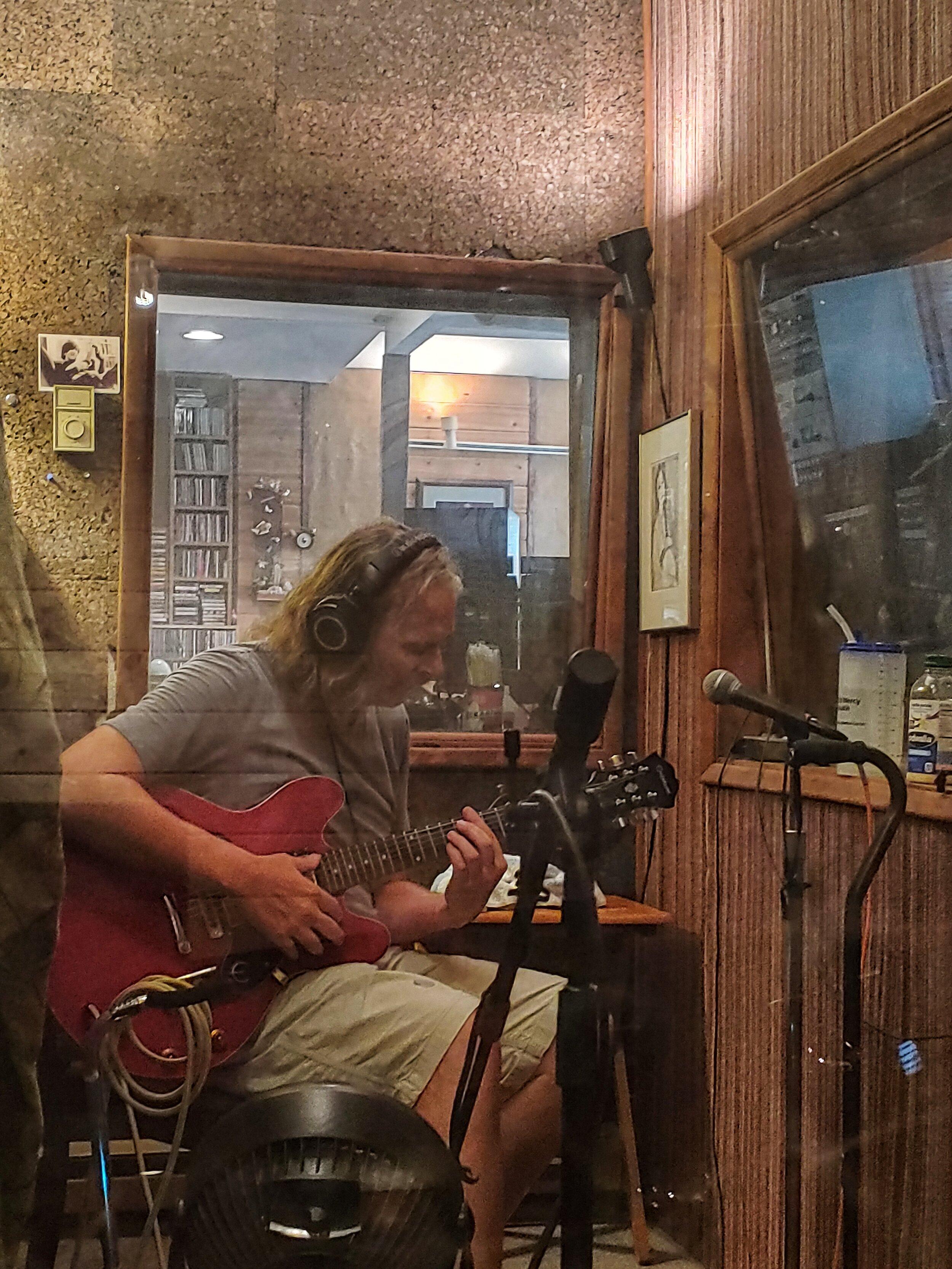 widespread-haze-at-gung-ho-studio-scott