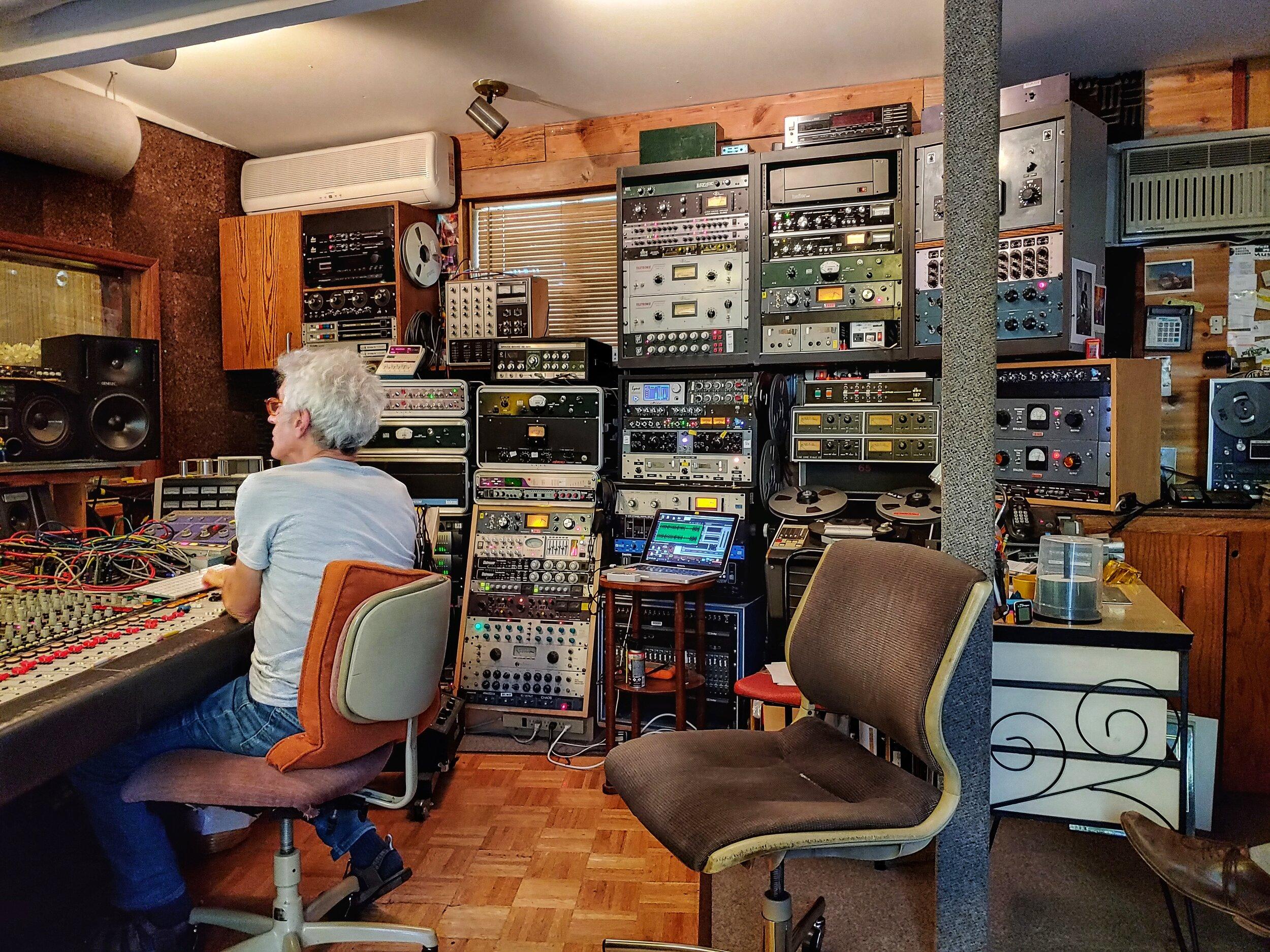 widespread-haze-at-gung-ho-studio-billy