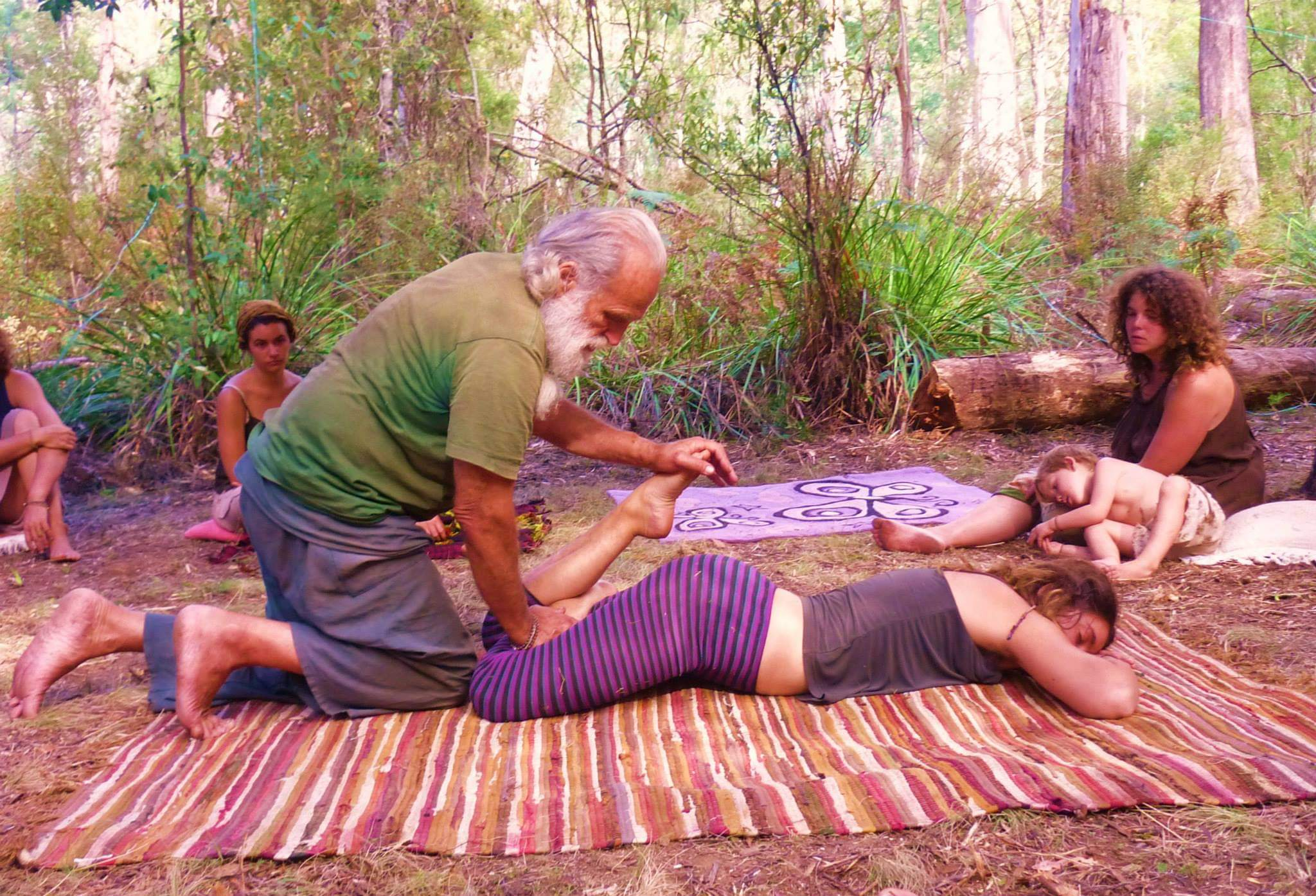 Thai Yoga Massage - Thai Yoga Massage is bodywork art that combines applied yoga with acupressure and energy work, engaging all parts of the body. We get acquainted with this beautiful ancient traditional bodywork form by watching the demonstration and then pairing off to practice.