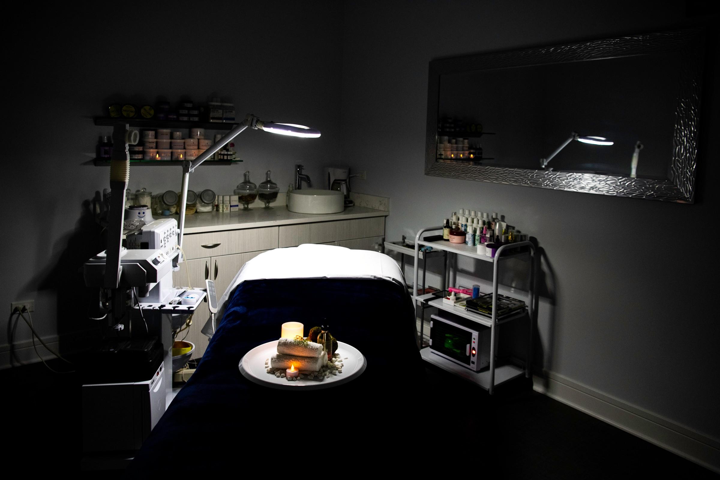 terra northbrook spa relaxing esthetician facial waxing.jpg