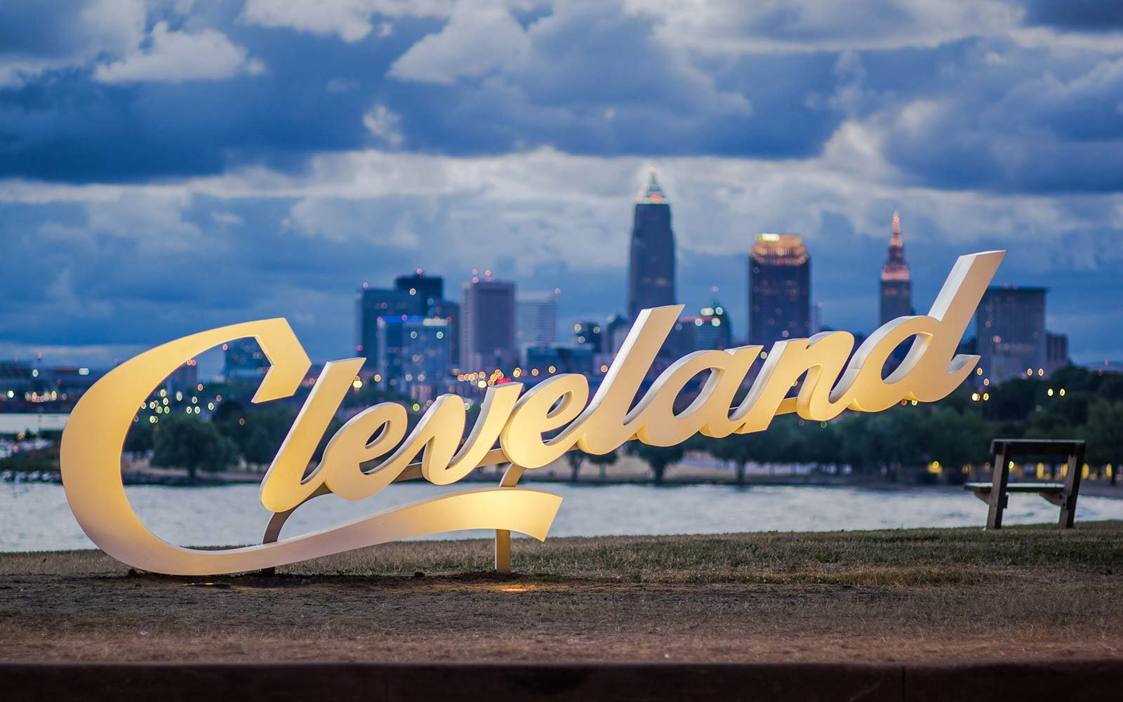 Sell Land in Cleveland OH Fast