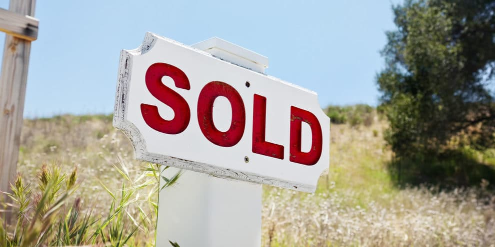 Selling Land Quickly