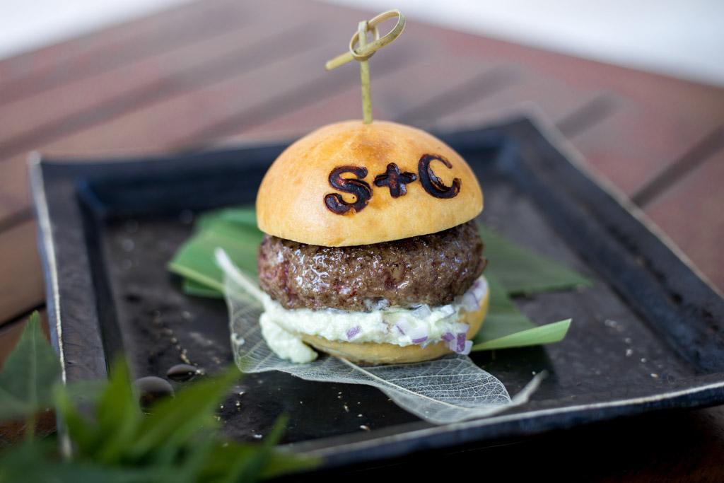 Salt+Charcoal_Burger (3).jpg