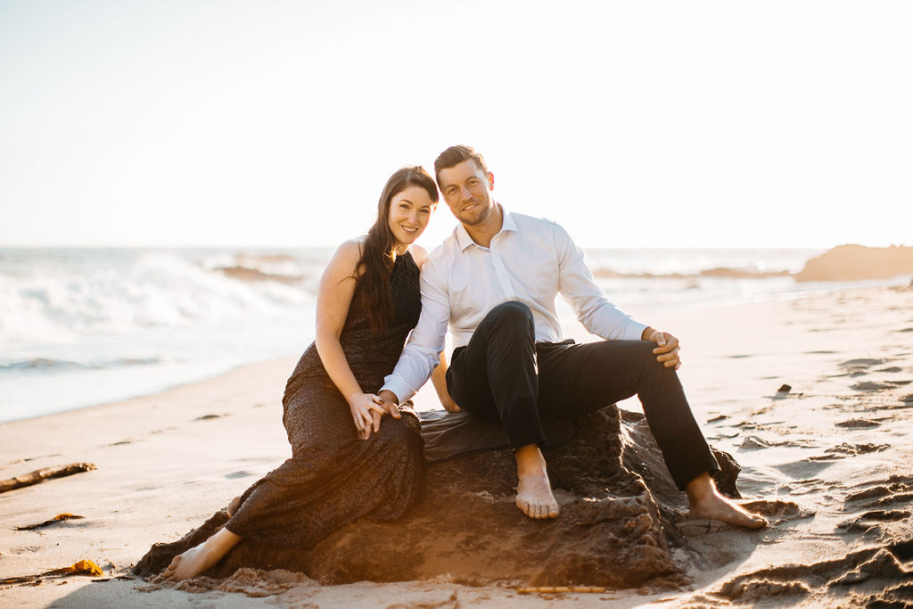 Couples - $599 - 1.5 hour session2 locations2 Wardrobes30+ digital photos - RetouchedLarge Canvas 16x20 - Retouched10 High Quality Prints