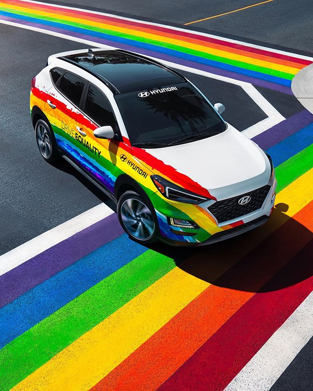 I'm so honored to create work that stands for love and equality. Last month I worked with @hyundaiusa @innoceanusa photographing their Tucson in the streets of Long Beach on the freshly painted rainbow sidewalks. All while seeing business' and people prepping for the festivities ahead. Love for all is a beautiful thing. Happy Pride Month! 💙🏳️🌈 @hyundaiusa is an incredible partner of the LGBTQ+ community. Hyundai's Drive: Equality is an initiative that promotes a positive and inclusive work environment for all LGBTQ+ Hyundai employee's. Go Hyundai!! 🥳  #pride #hyundaitucson #equalitymatters