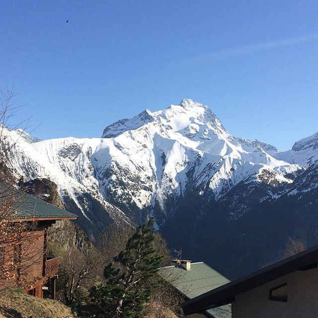 Une très bonne semaine à tous❄️💗👍 #snowmind #touroperator #winter #snow #free #freestyle  #photography #instamountain #montagne #mountain #instagram #nature #travel #traveller #word #france #auvergnerhonesalpes #isere