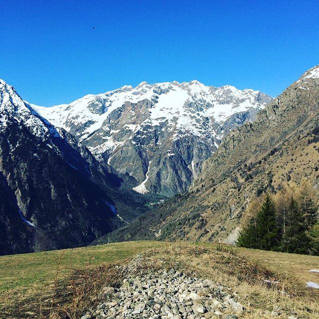 Une vue imprenable #liberté #immensité #nature ⛰💎💗 #snowmind #touroperator #winter #snow #free #freestyle  #photography #instamountain #montagne #mountain #instagram #nature #travel #traveller #word #france #auvergnerhonesalpes #isere