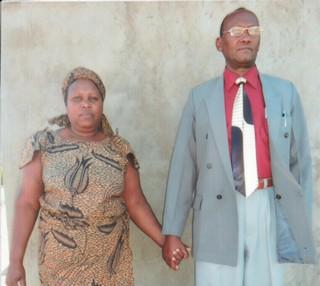 Lazaro Mahewa and his wife.jpg