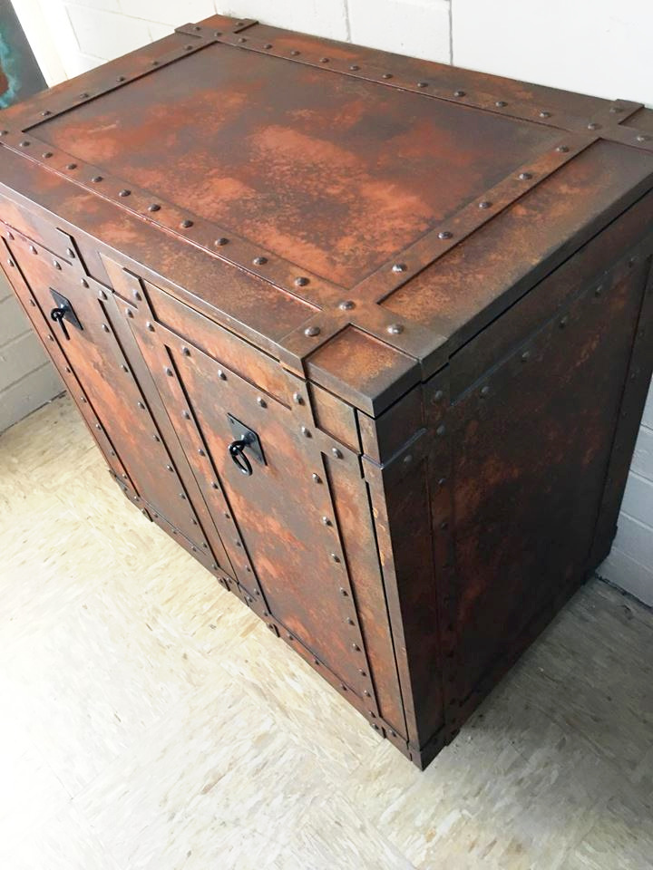 liqmet-iron-rust-cabinet
